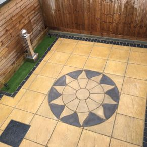 Garden Patio with Circle feature, Artificial Grass and water fountain